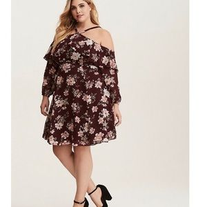Torrid Cold Shoulder Floral Chiffon Dress size 16